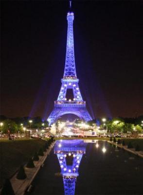 Bon anniversaire, Tour Eiffel!!
